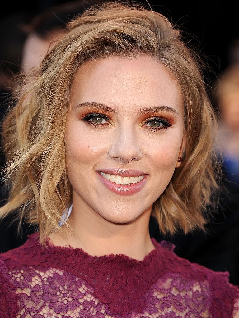 Vie De Paris Face Of The Day Celebrity Edition Scarlett Johansson
