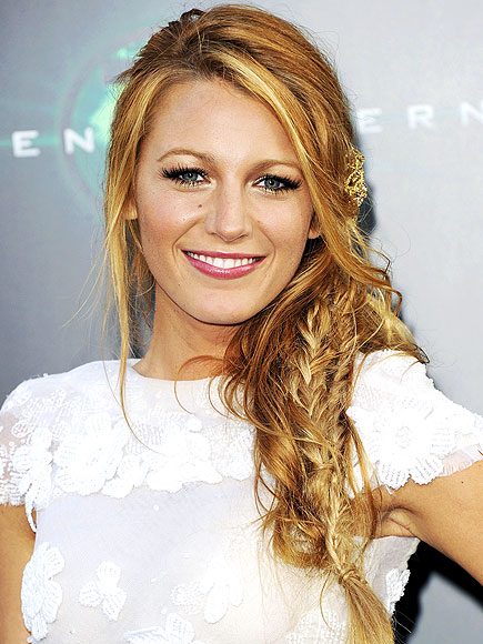 BLAKE LIVELY'S HAIR photo | Blake Lively