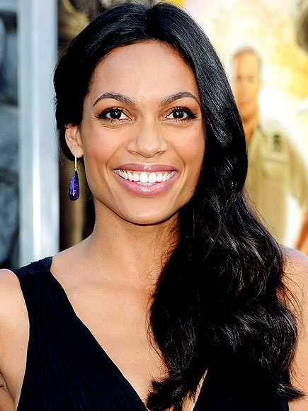 ROSARIO DAWSON&#39;S MAKEUP photo | Rosario Dawson