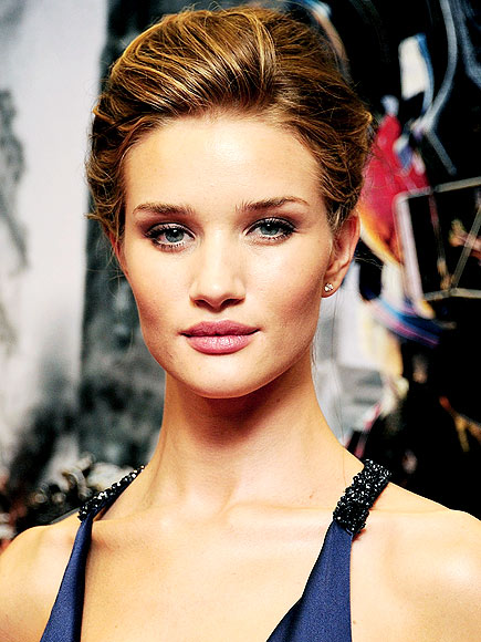ROSIE HUNTINGTON-WHITELEY'S MAKEUP photo | Rosie Huntington-Whiteley