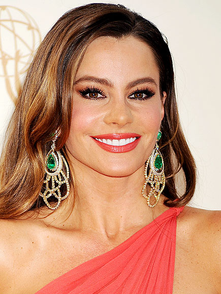 SOFIA VERGARA'S MAKEUP photo | Sofia Vergara