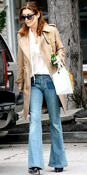 http://img2.timeinc.net/people/i/2011/stylewatch/hitormiss/110110/kate-walsh-290.jpg