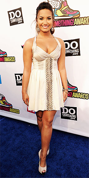 DEMI LOVATO photo | Demi Lovato