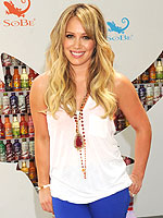 Star Looks for Less! | Hilary Duff