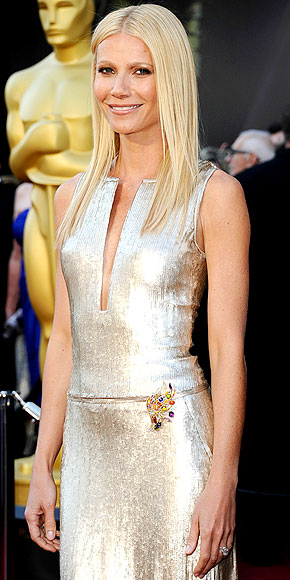 GWYNETH'S GOLDEN GLOW photo | Gwyneth Paltrow