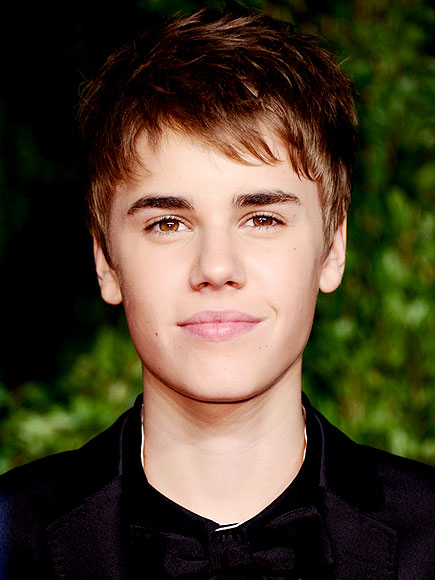JUSTIN BIEBER'S HAIR MAGIC photo | Justin Bieber