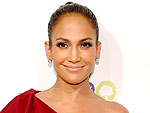 Jennifer&#39;s Bold Shoulder | Jennifer Lopez