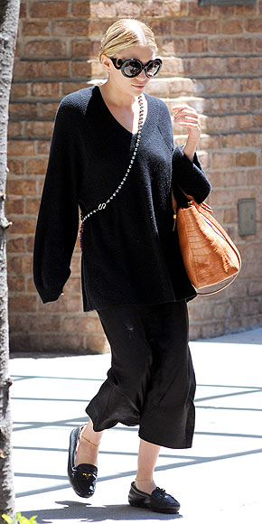 ASHLEY OLSEN'S SUNGLASSES photo | Ashley Olsen