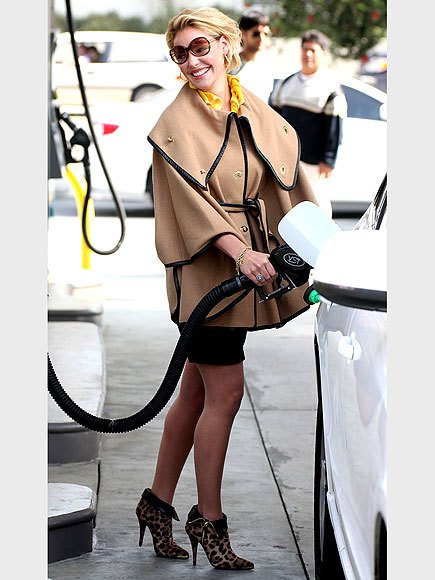 KATHERINE HEIGL'S CAPE photo | Katherine Heigl