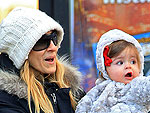 Sarah Jessica Parker Takes a Stroll with Her Kids