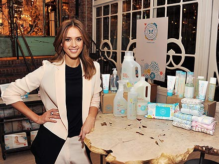 Pleasant Jessica Alba Launches The Honest Company Moms Babies Hairstyle Inspiration Daily Dogsangcom