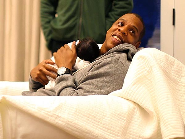 Blue Ivy Carter Photos: Beyonce and Jay-Z Release Baby ...