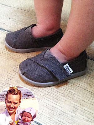 Luca Comrie's Adorable Slip-On Shoes – Moms & Babies – Celebrity ...
