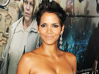 Halle Berry Can't Move with Daughter to France, Judge Rules