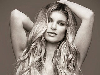 PHOTO: Pregnant Marisa Miller Poses Nude