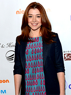 Alyson Hannigan No Sibling Rivalry Between Satyana and Keeva 