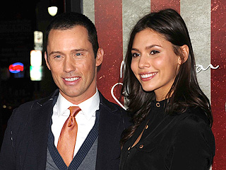 It's a Girl for Burn Notice's Jeffrey Donovan | Jeffrey Donovan