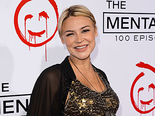Samaire Armstrong Welcomes a Son