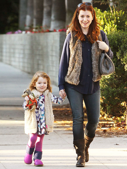 MOMMY AND ME photo | Alyson Hannigan
