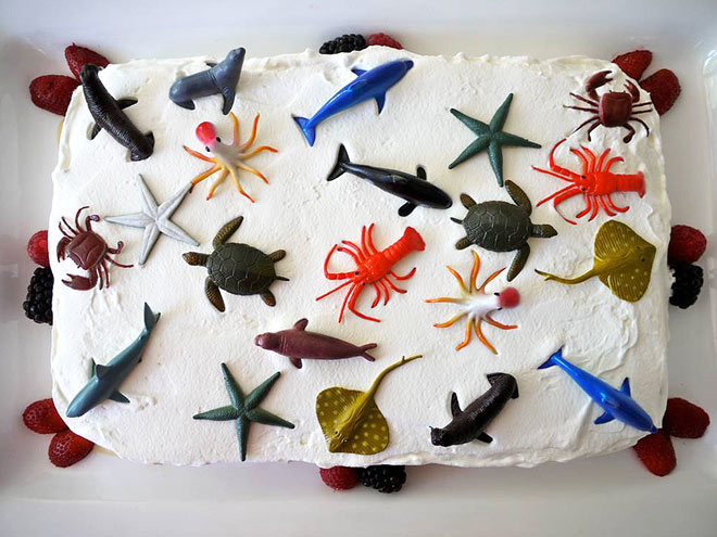 Sweet 16 Awesome Cakes That Will Blow Your Kids Away