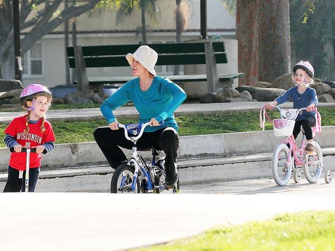 Марсия Кросс с семьей