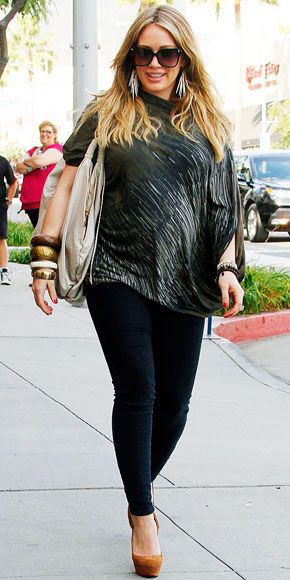 GLAM MAMA photo | Hilary Duff