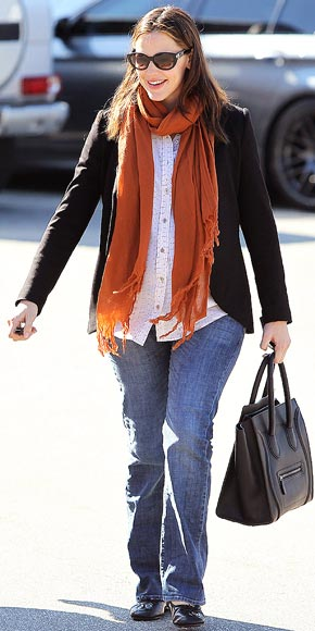 CHIC & CASUAL photo | Jennifer Garner