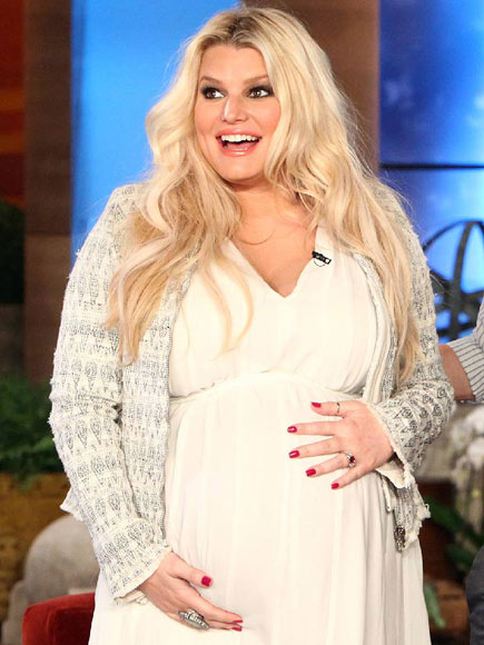 SPECIAL DELIVERY  photo | Jessica Simpson