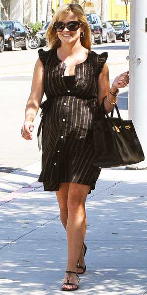 BUNDLE OF CHIC photo | Reese Witherspoon