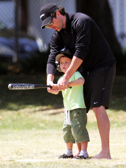 http://img2.timeinc.net/people/i/2012/cbb/gallery/sporty-dad/patrick-dempsey-435.jpg