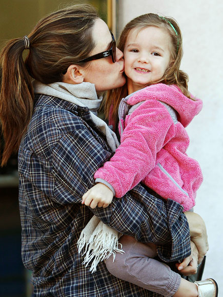 JENNIFER & SERAPHINA