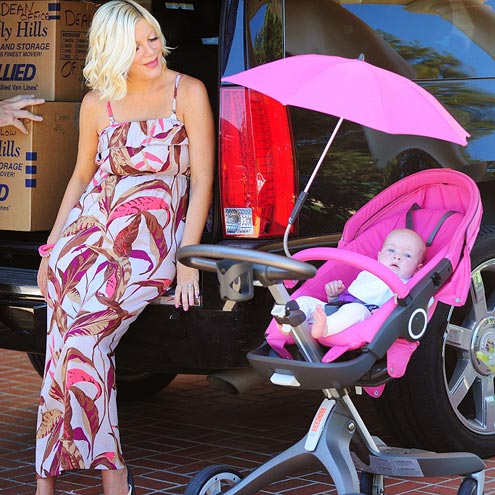 PINK LADIES photo | Dean McDermott, Tori Spelling