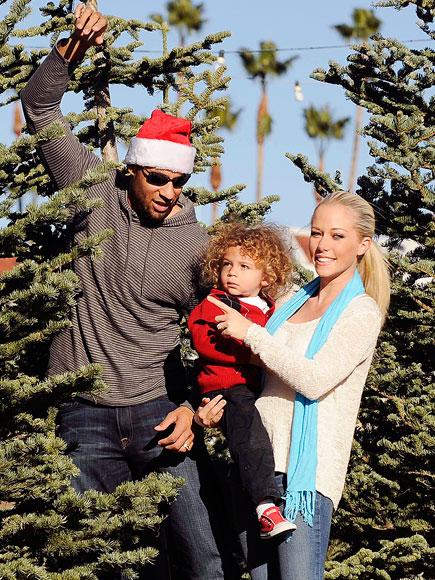 HOLIDAY SPIRIT photo | Hank Baskett, Kendra Wilkinson