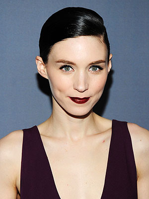 Girls  Dress on See All Rooney Mara Photos