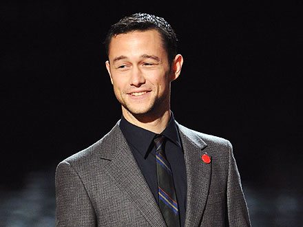 Joseph Gordon-Levitt &quot;Twists and Shouts&quot; in Hollywood | Joseph Gordon-Levitt