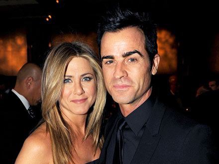 Jennifer Aniston & Justin Theroux Giggle Together at Cheateau Marmont | Jennifer Aniston, Justin Theroux