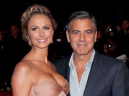 George Clooney and Stacy Keibler Share Pool Time – and PDA – in Cabo | George Clooney, Stacy Keibler