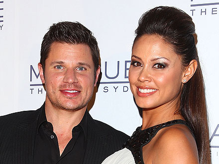 Nick Lachey, Vanessa Lachey Pregnant; Celebrates First Wedding Anniversary