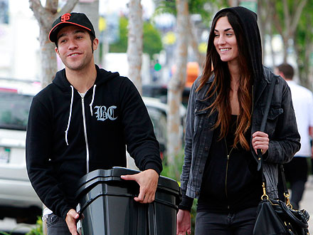 Pete Wentz Takes His Girlfriend on a Shopping Spree &#8211; at Target! | Pete Wentz