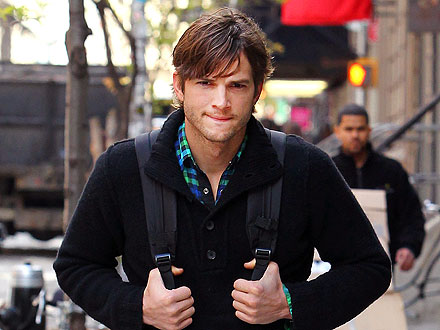 Ashton Kutcher Keeps a Low Profile While Lounging in San Francisco