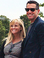 Reese Witherspoon & Jim Toth Make It a Date with Kate Hudson & Matt Bellamy | Reese Witherspoon