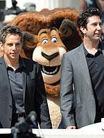 Ben Stiller, David Schwimmer Get Photo-Bombed in Cannes | Ben Stiller, David Schwimmer