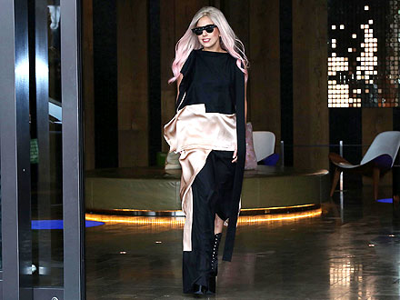 Lady Gaga Retreats in a Chinese Hotel Room Worth More than $12,000 a Night! | Lady Gaga