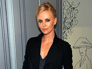 Charlize Theron Sits Ringside at Ultimate Fighting Championship | Charlize Theron