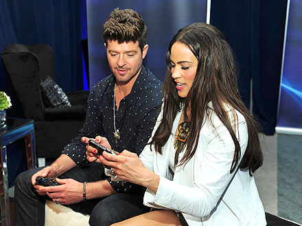 Robin Thicke & Paula Patton Share a Week of PDA | Paula Patton, Robin Thicke