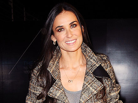 Demi Moore Goes Incognito While Attending a Musical in N.Y.C. | Demi Moore