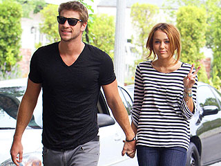 Miley Cyrus Picks Up the Tab During Date Night with Liam Hemsworth & Pals | Liam Hemsworth, Miley Cyrus