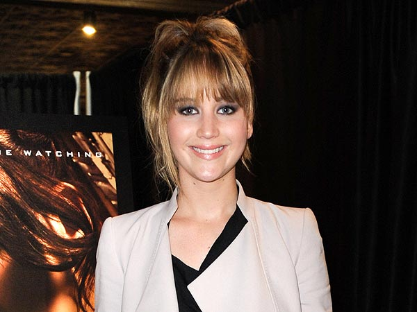 Jennifer Lawrence Celebrates Birthday with Martini-Filled Girls Night
