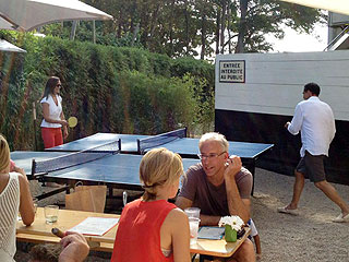 PHOTO: Pippa Plays Ping Pong in the Hamptons | Pippa Middleton