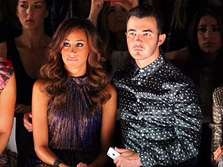 Kevin & Danielle Jonas Sit Front Row at Fashion Week | Kevin Jonas